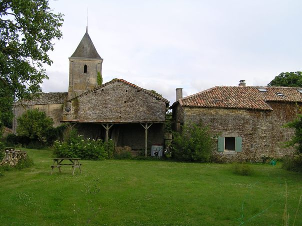 Charentaise barn vanzay church gite holiday charente classic car hire