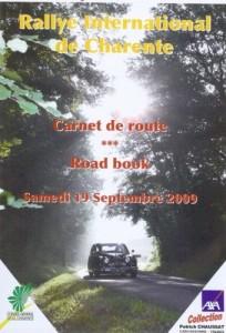 Jaguar MK2 circuit des remparts rally gite holidays classic car rental charente deux sevres citroen ds23ie dsuper5