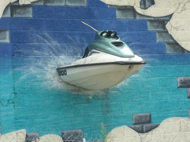 Plan d'eau de la Grande Prairie Angouleme Speed Boat Swimming Lake gite holidays family classic car rental poitou charentes