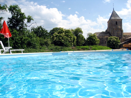 Gites in Charente swimming pool