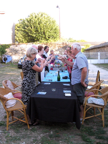 Gite in Charente France for dinner catering and large parties