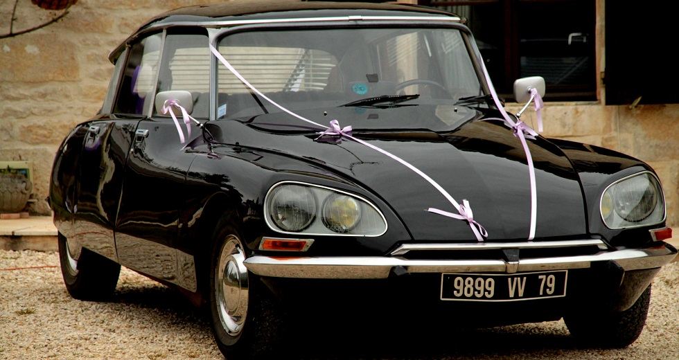 Citroen DS Wedding Car Vanzay