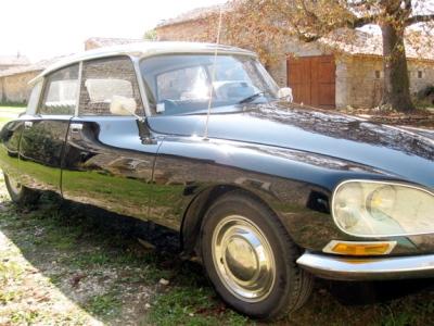 Citroen DS Hire France, classic car hire France, Jaguar MK2 hire France