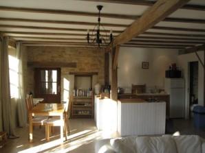 La Grange towards kitchen