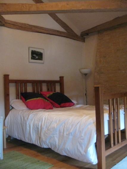 La Petite Maison bedroom 2