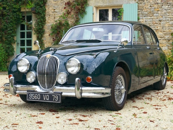 Jaguar MK2 classic car hire, France