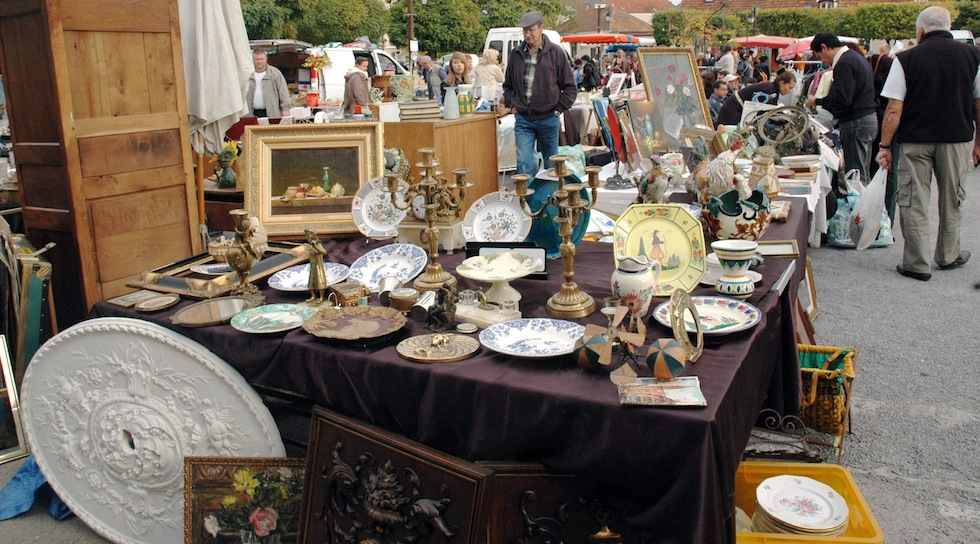 Brocante gite holiday France