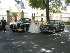 Classic car wedding car hire in France