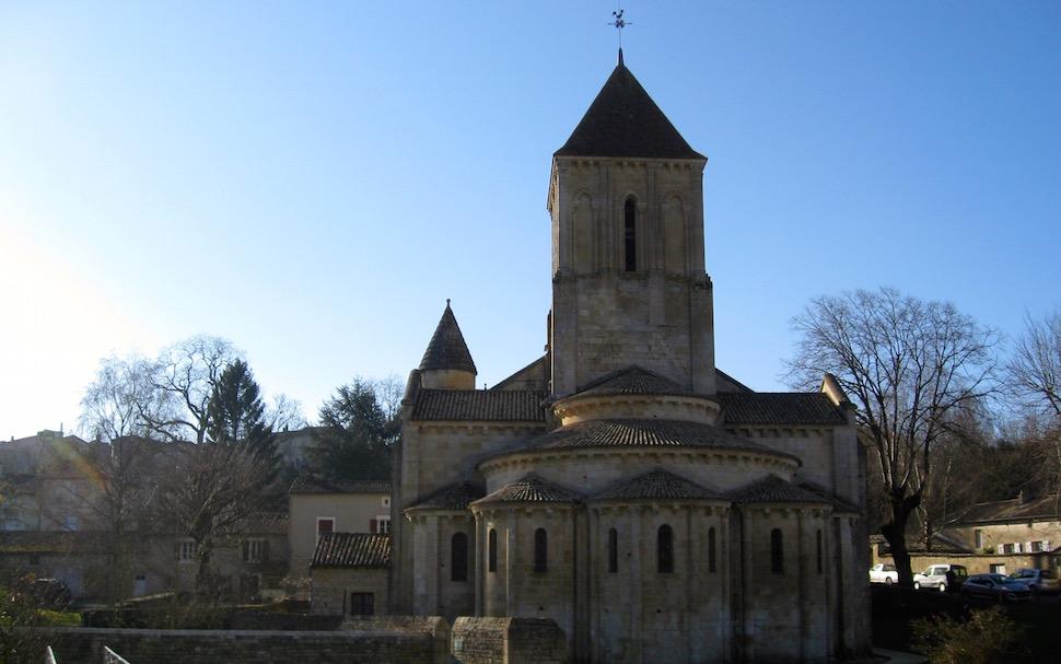 France holidays, gites in Poitou-Charentes, Romanesque architecture