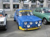 Blue, French and hot - Renaults and Simcas in abundance